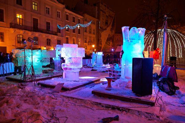 Виставка льодових скульптур